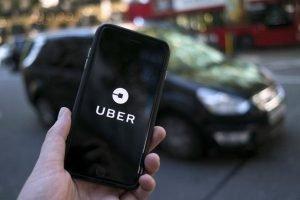 Lista com carros que podem rodar no Uber