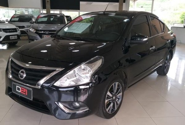 Melhor carro para Uber Nissan Versa Preto
