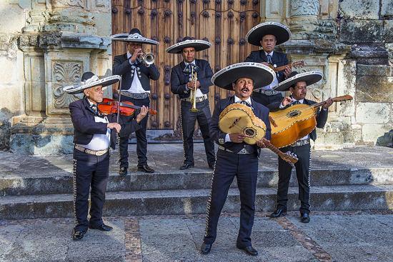 5 Roupas Tradicionais do México