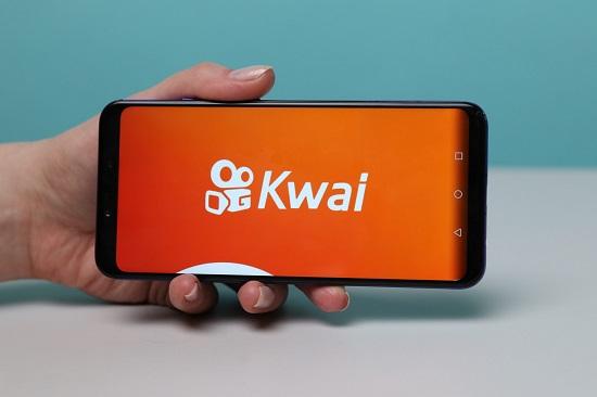 Kwai dá dinheiro de verdade