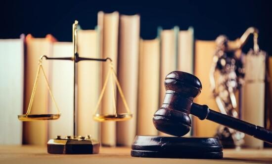 Como denunciar um Advogado na OAB